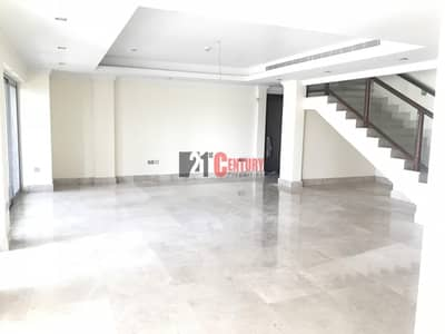 Vacant l 4BR | Triplex | Terrace on Top
