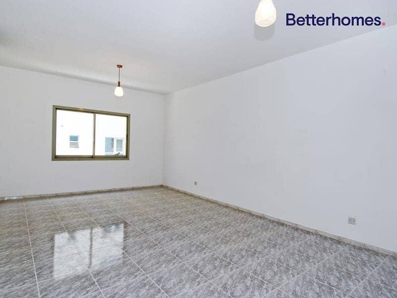 Spacious 3 Bedroom | With Balcony | Bur Dubai