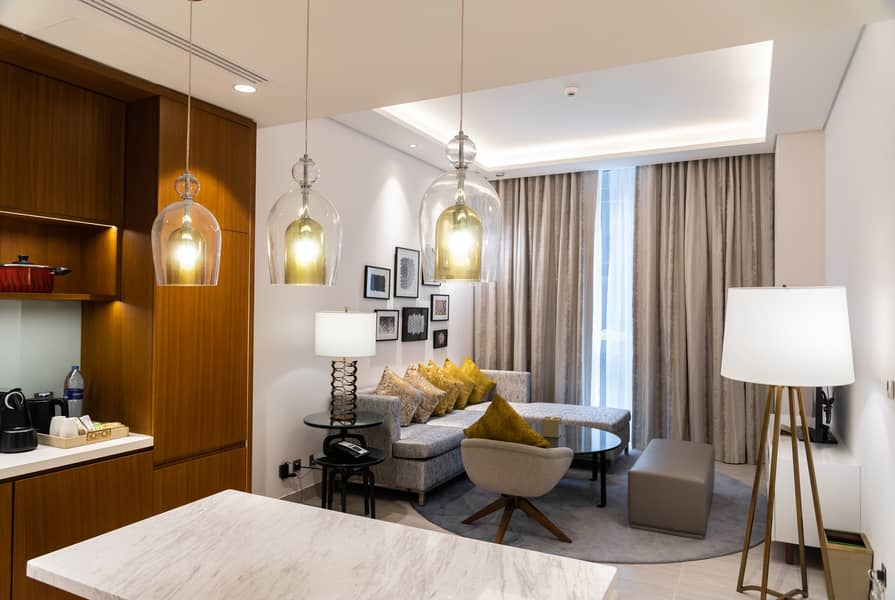 Newly Opened! Best 1 bedroom offer, Grand Mercure (walking distance to GGICO metro, Free WiFi, covered parking)