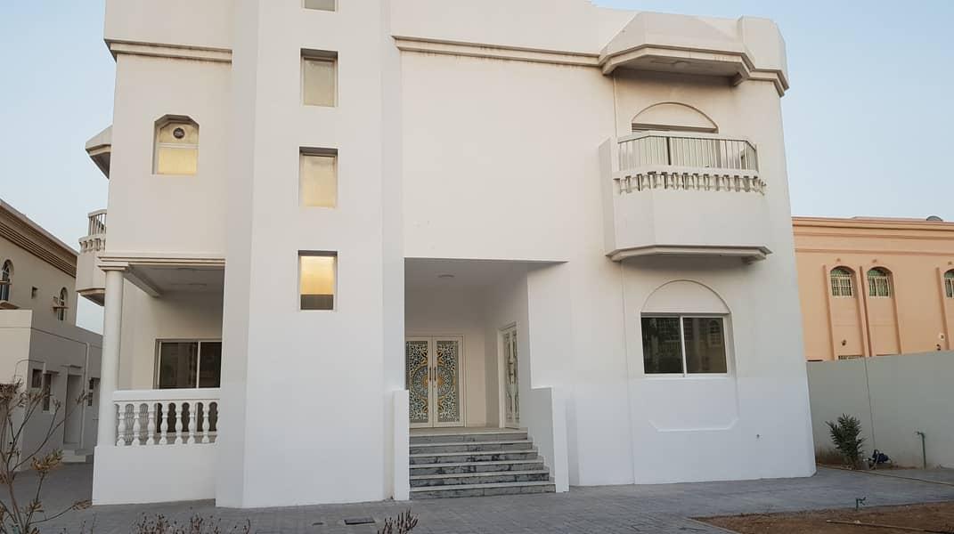 فیلا في القوز الشارقة 4 غرف 95000 درهم - 4745693