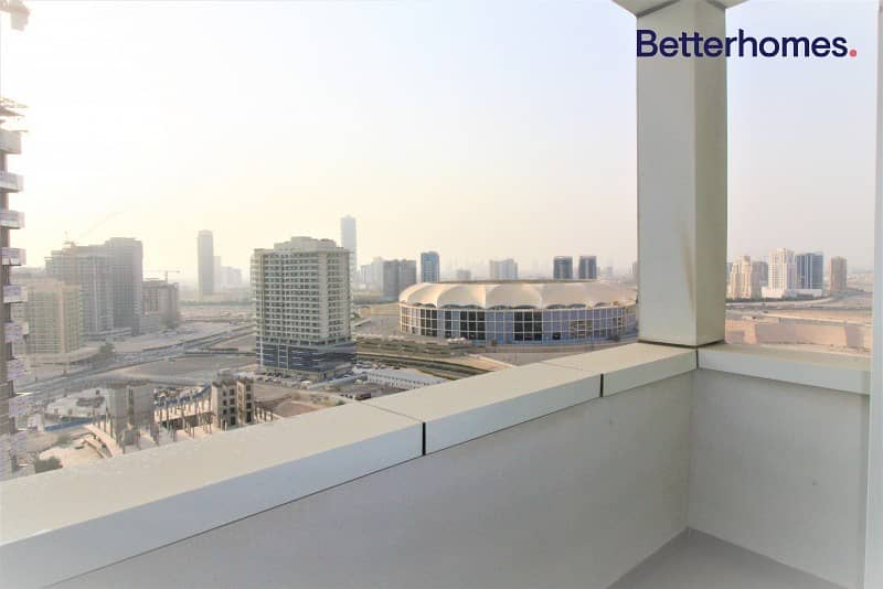 10 Vacant | Fully Furnished | Parking | Balcony