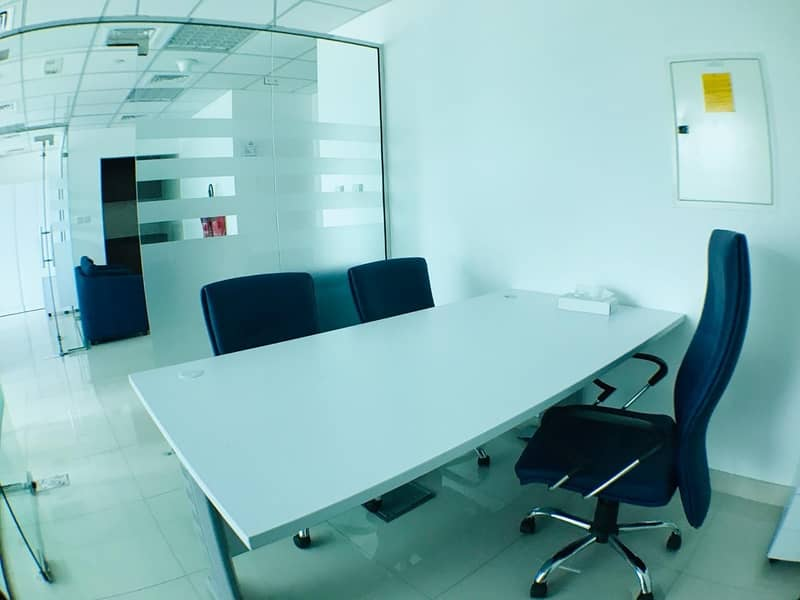 2 Furnished office I Partitions I Close to metro