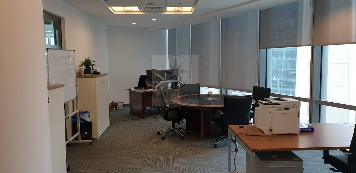 18 Fitted Office Space for Rent in Emirates Financial Tower