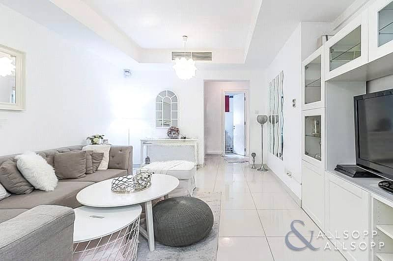 2 Exclusive   Upgraded 2 Beds   Pool View