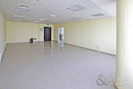 Office for Rent in Jumeirah Lake Towers (JLT), Dubai - Fitted | Pantry | High Floor | Double Unit