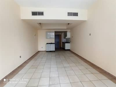 Well-maintained Studio For Lease Near Lamcy Plaza