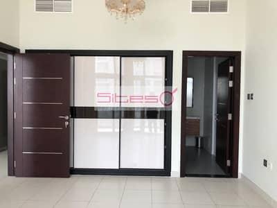 2 Bedroom Flat for Rent in Dubai Studio City, Dubai - 2 Bedrooms/ Garden View /Kitchen Appliances /4 Cheques