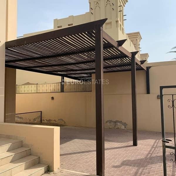 2 First-Class 4BR Duplex Villa|Lagoon View Al Hamra
