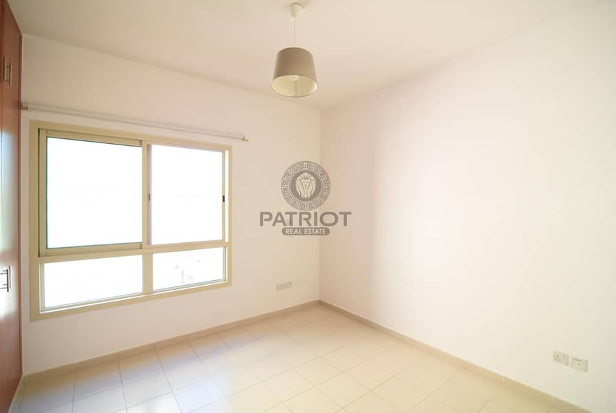 2 Spacious 1 BR | Pool View | Chiller Free |