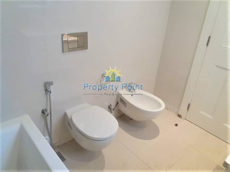 10 Best Price! Large 2-bedroom Apartment w/ Parking | Kitchen Appliances | Rawdhat Area