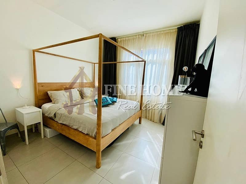 2 An Amazing 1BR Apartment infront of the Pool