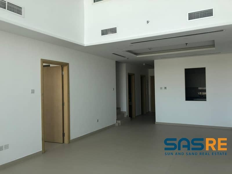 18 Exclusive 3BHK+Maids+Study | Family Apt.