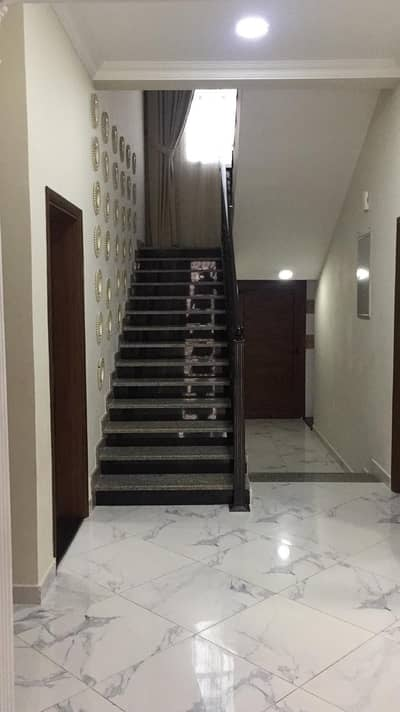5 Bedroom Villa for Sale in Al Hamidiyah, Ajman - Villa for sale in Al Hamidiyah with electricity and water 8000 square feet