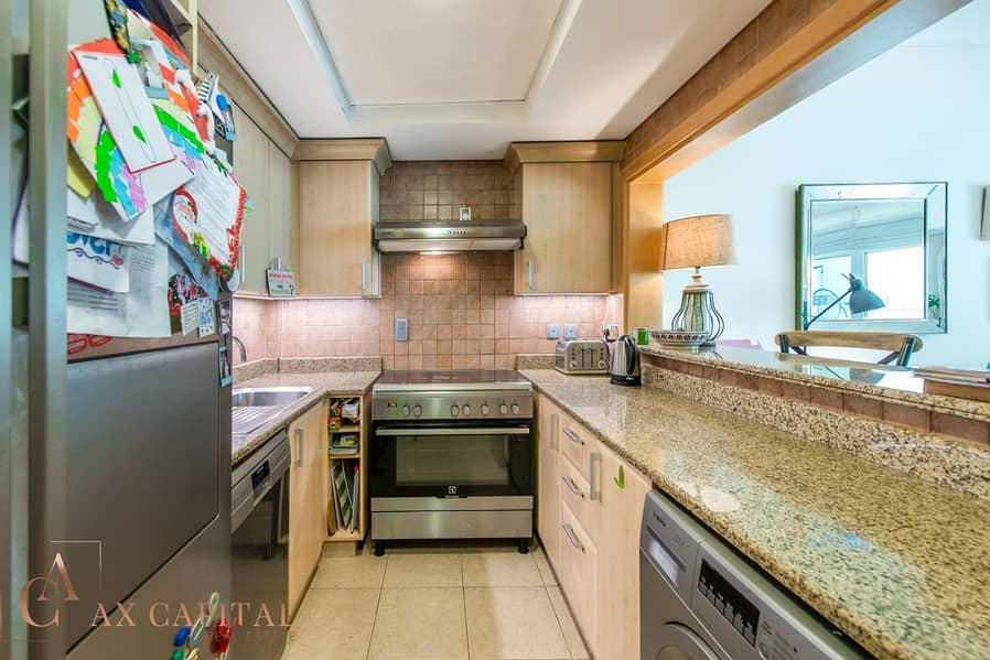 10 Exclusive | Fully Furnished | Partial Sea View