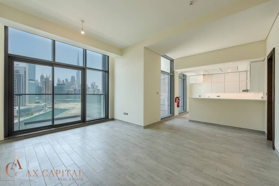 1 Spacious Balcony | Unfurnished Canal View