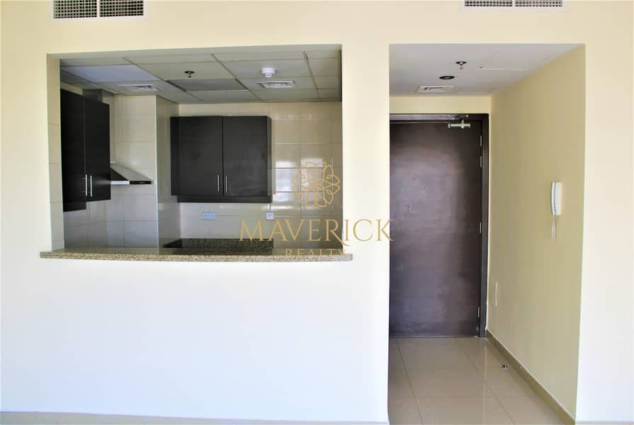 Spacious 2BR+Laundry+Maids/R | 4 Cheques