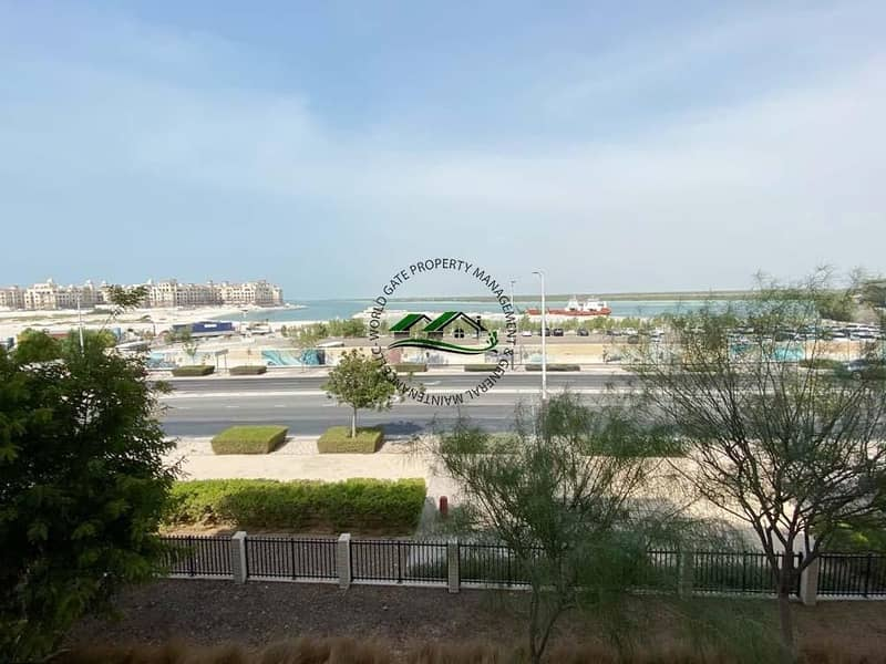 Excellent 1BR Apartment + FREE AMENITIES l Sea view