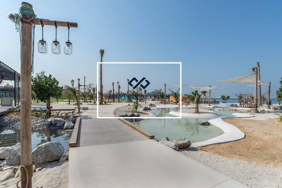 2 Meraas Plots in La Mer For Sale