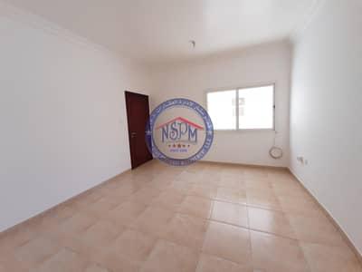 استوديو  للايجار في شارع المطار، أبوظبي - Hot superb studio