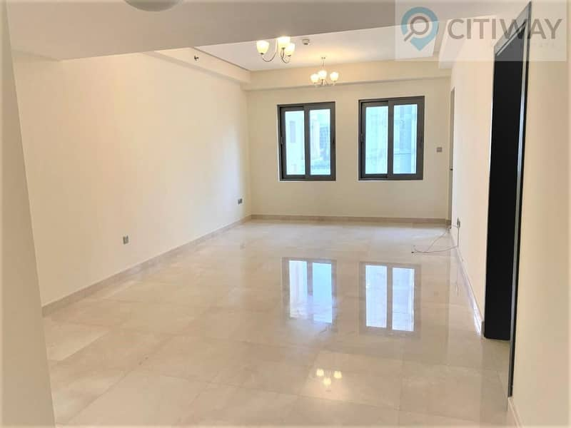 2 Luxurious and Brand New Waterfornt Apartment with Lake View