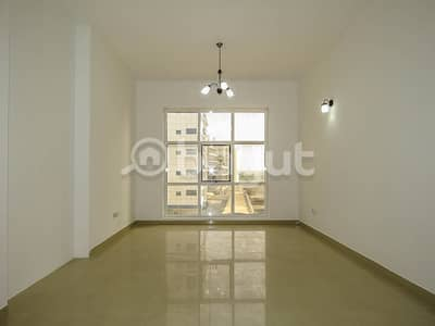 2 Bedroom Flat for Rent in Dubai Silicon Oasis, Dubai - Spacious 2 BR with Balcony | Great Building Facility