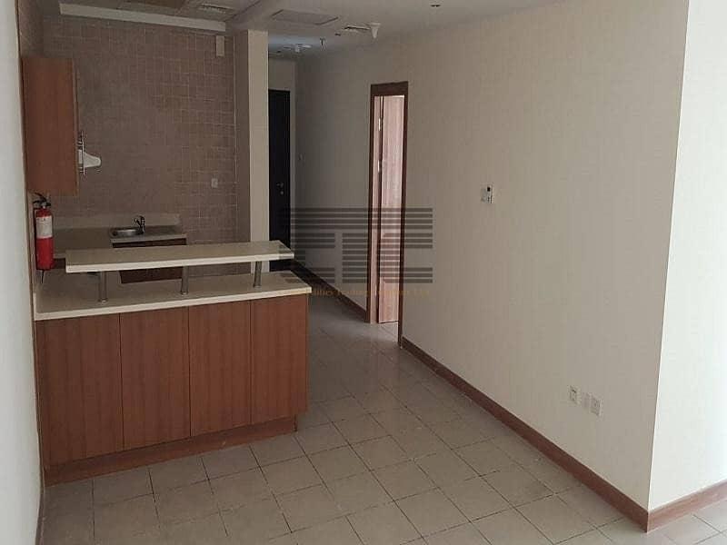 Spacious One Bedroom High Floor In Dubai Marina @65k