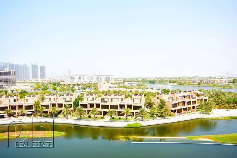 2 3 Bed Duplex | Pool View | 13 Months Tenancy