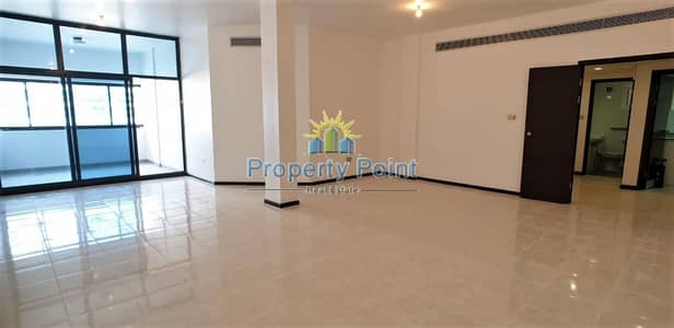 Amazing Deal | Spacious 3-bedroom Unit | Maids Rm | Corniche Road
