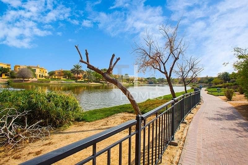 18 Great Deal | Lake View | Lush Garden | Type B