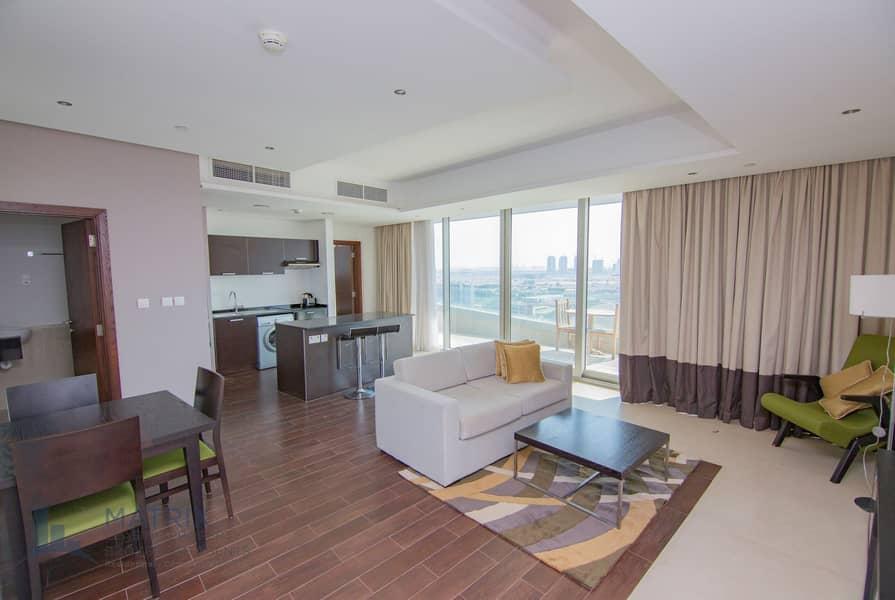 2 Huge Spacious   Luxury Unit   Immaculate High Floor