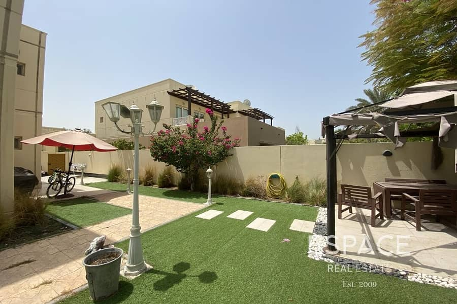 2 Large Garden | Immaculate Condition | Type 14