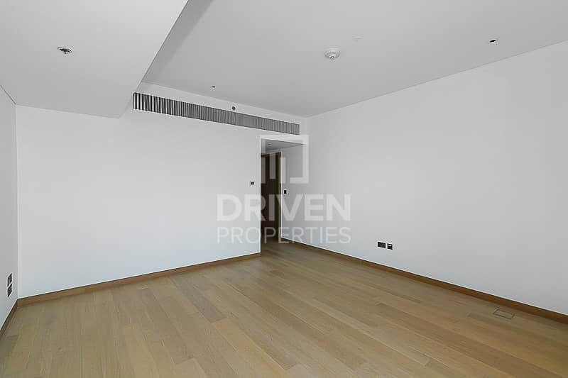 16 Brand New 1 Bed Apartment with Sea Views