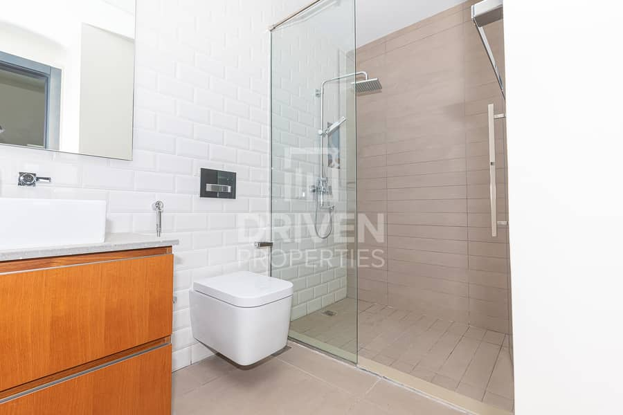 15 Stunning 2 Bedroom Apartment   Best Location