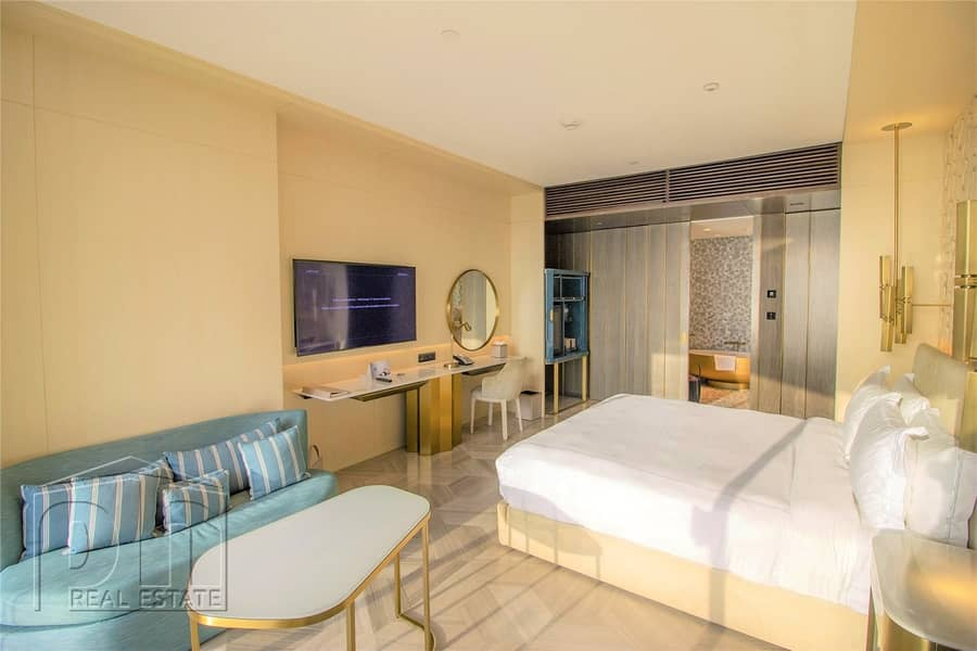 2 Hotel Suite | Pool and Sea View | Luxury