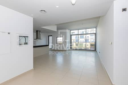 2 Bedroom Flat for Sale in Motor City, Dubai - Stunning and Modern Designed Unit in Oia