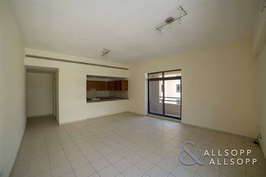 1 Spacious 2 Bedroom | Pool And Garden View