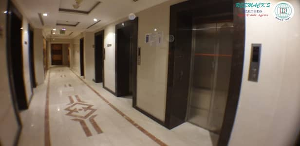 مکتب  للبيع في المجاز، الشارقة - OFFICE SPACE FOR SALE IN Al MAJAZ 2 NEAR AL MAJAZ PARK