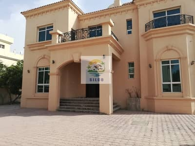 5 Bedroom Villa for Rent in Al Maqtaa, Abu Dhabi - Duplex big villa in central A/C with 2 parking