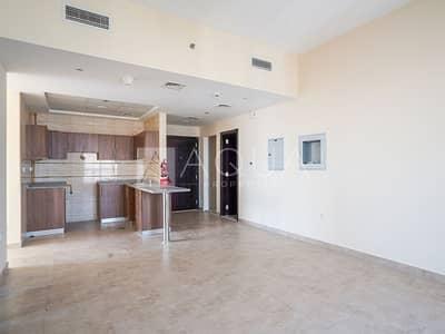 شقة 1 غرفة نوم للايجار في أبراج بحيرات الجميرا، دبي - Beautiful Brand New 1 BR Plus Study Unit