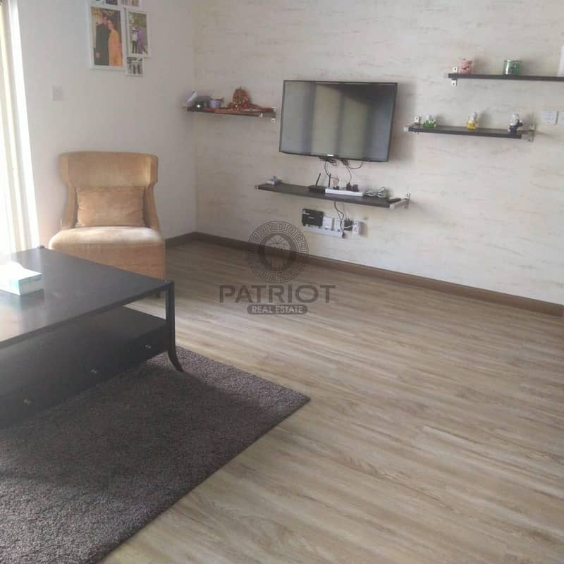 2 1 Month Free I Upgraded New Flooring I Furnished I Ready to Move in