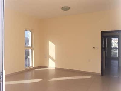 3 Bedroom Villa for Rent in Al Warsan, Dubai - Townhouse Villa 3BR Maid   Corner Single Row