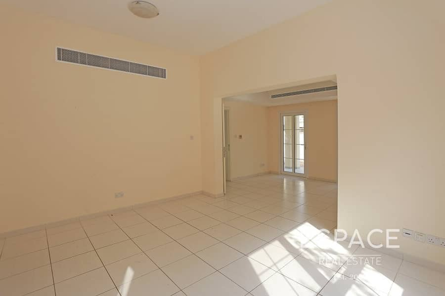 2 C End - Zulal - Close To Park and Pool