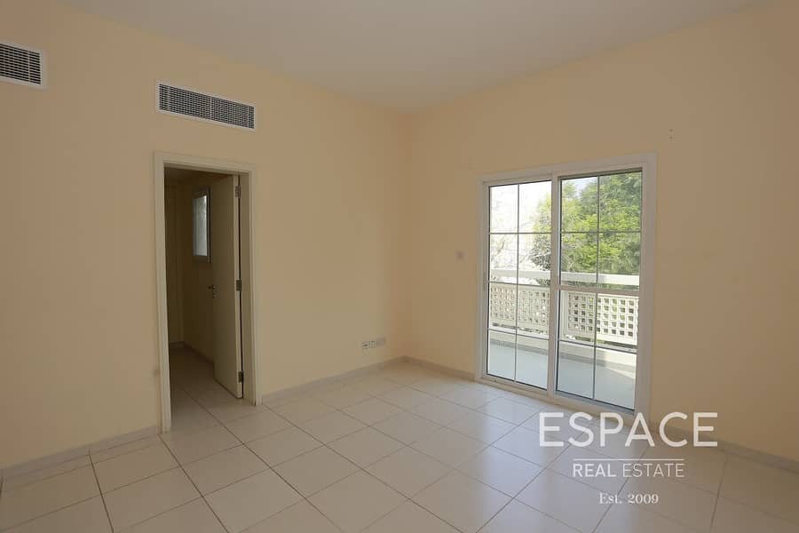 13 C End - Zulal - Close To Park and Pool