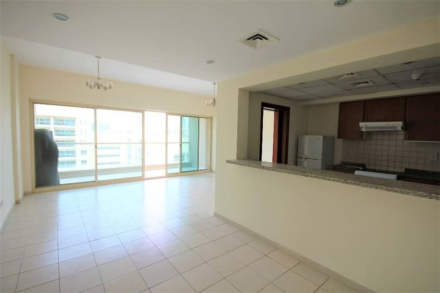 2 Vacant | 2 Bed + Study | Pool View | Well Kept