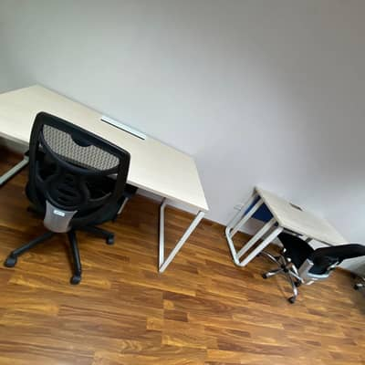 Office for Rent in Deira, Dubai - GET YOUR SHARING OFFICE WITH PRO SERVICES