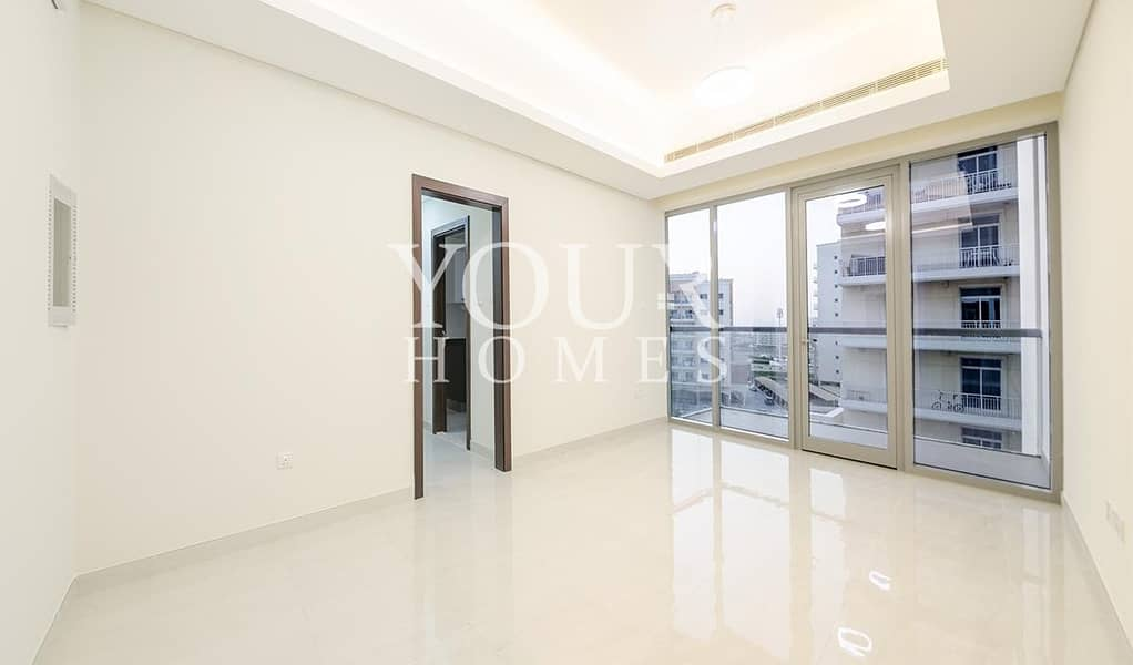 JA | Spacious 1 Br With Community View