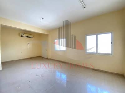 4 Bedroom Apartment for Rent in Al Mutarad, Al Ain - Alluring Balcony Apt Located on Main Road