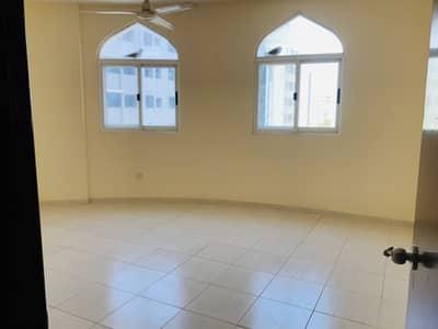 فلیٹ 2 غرفة نوم للايجار في ديرة، دبي - شقة في شارع الرقة الرقة ديرة 2 غرف 57000 درهم - 4751947