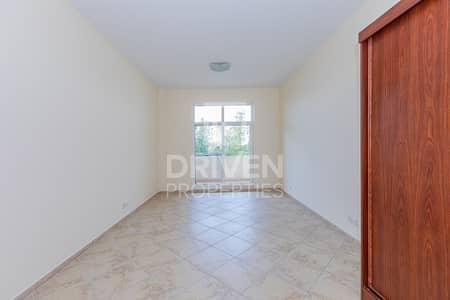 شقة 2 غرفة نوم للبيع في موتور سيتي، دبي - Internally Spacious 2 Bed En-suite Apartment