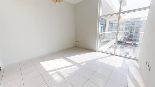 1 Bedroom Apartment for Rent in Dubai Studio City, Dubai - Balcony | Kitchen appliances | Move-in ready